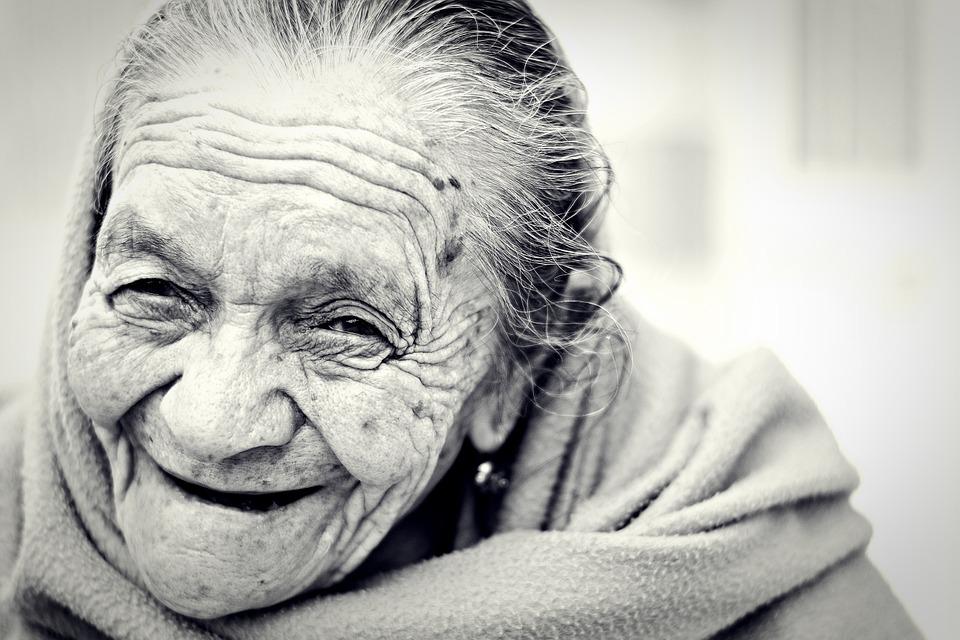 Cientistas descobrem o que jovens e idosos saudáveis têm em comum