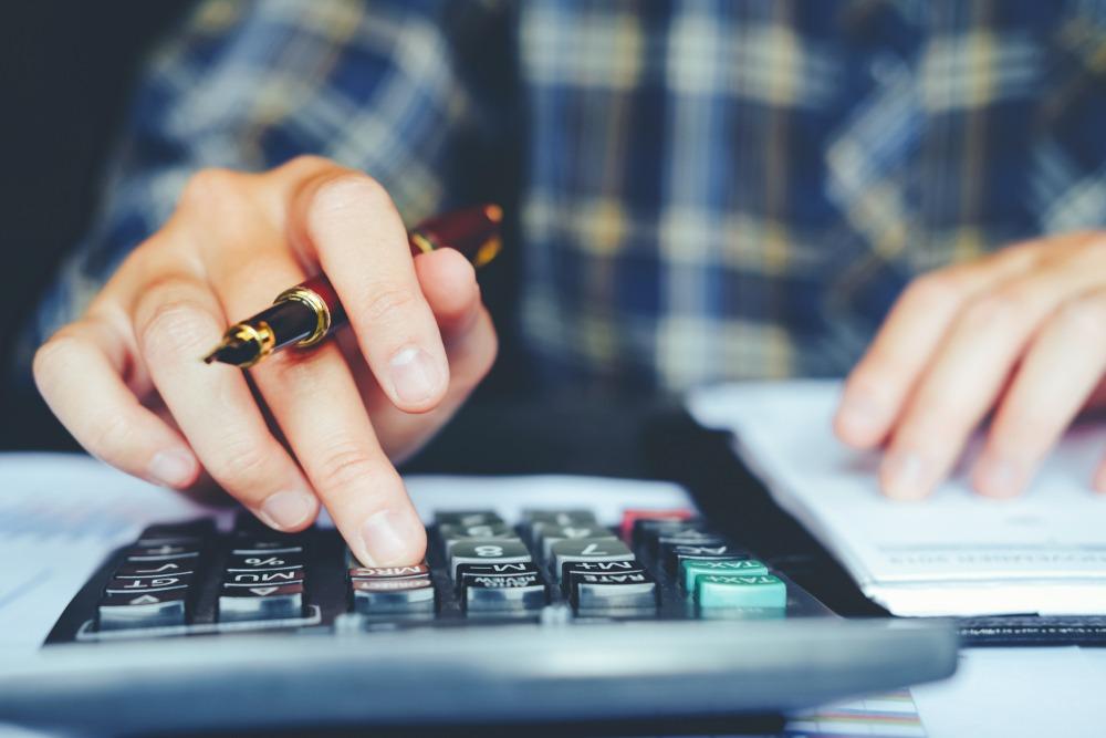 Maneiras de cortar gastos ou melhorar a experiência do cliente