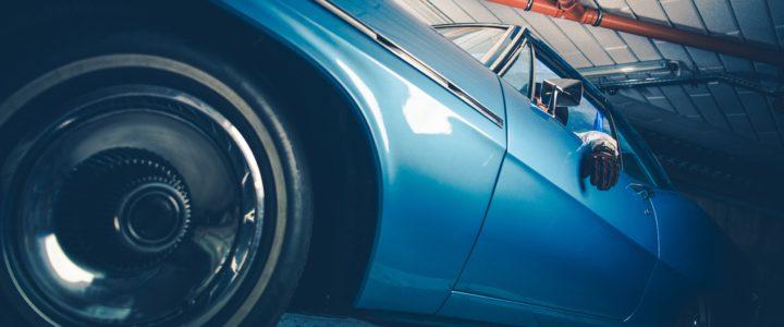 Aston Martin DB6 1966: o modelo de carro clássico que pertencia ao McCartney